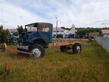 Kanadischer 3 to CMR-Ford aus den 1940ern könnte evtl. eine Herausforderung für ein neues Expeditionsfahrzeug sein!?