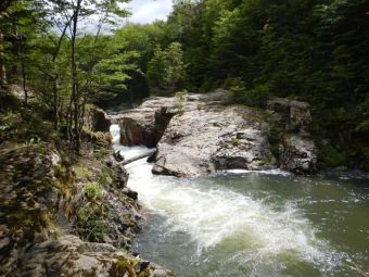 Die Stromschnellen des Rio Pipo im Nationalpark, ein lohnender Abstecher.