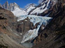 …geht es zum Mirador Piedras Blancas, vis a vis des Gletschers.