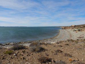 Am Lago Musters finden wir einen schönen, ruhigen Stellplatz.