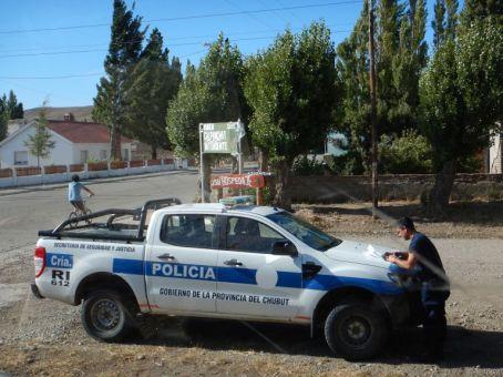15.03.2020, in Jose de San Martin - unsere erste Polizeikontrolle, wohl wegen des Corona-Viruses