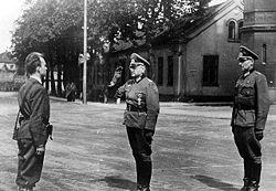 Tyskerne kapitulerte aldri ovenfor noen norske 'Hjemmestyrker', og overførte makten til dem, men til den britiske øverstkommanderende for de allierte.