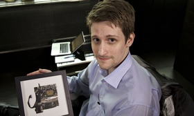 Edward #Snowden urges professionals to encrypt client communications | The Guardian
