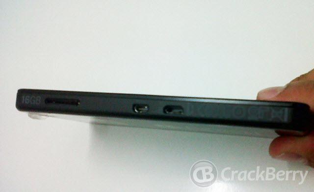 Check Out The BlackBerry 10 Alpha Developer Device