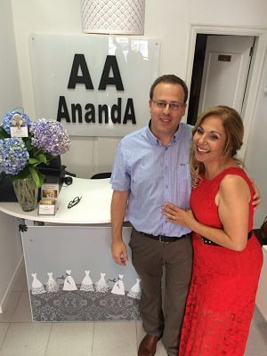 Ananda Miguel y Esther