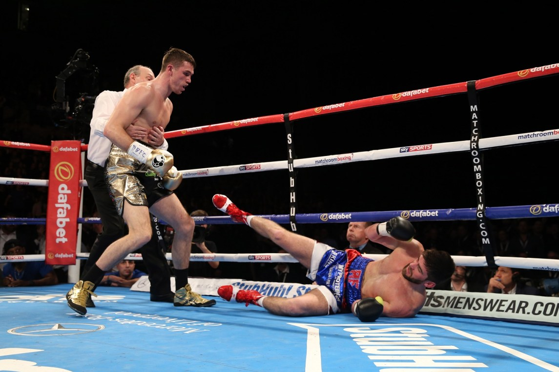 Callum Smith Smashes Rocky Fielding In One - Boxing News - Ring News24