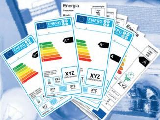 Legambiente e Aires: mai più elettrodomestici senza etichetta energetica