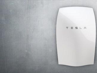 Tesla mira al mercato fotovoltaico e collabora con Panasonic storage