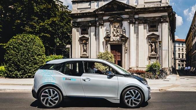"""DriveNow festeggia i primi 100 giorni di """"elettrico"""" a Milano"""