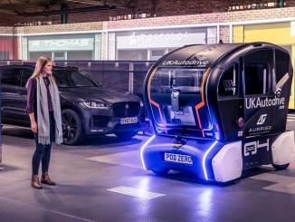 Jaguar Land Rover semplifica l'interazione coi veicoli autonomi