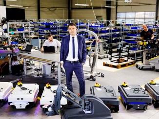 La fabbrica del futuro e i robot di servizio