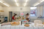"""""""Jung und Alt kocht"""": Generationenübergreifend Essen zubereiten"""