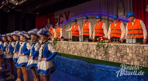 02 rintelnaktuell rcv carnevalsverein kinderkarneval 2017 konfetti schminken party