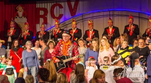 07 rintelnaktuell rcv carnevalsverein kinderkarneval 2017 konfetti schminken party
