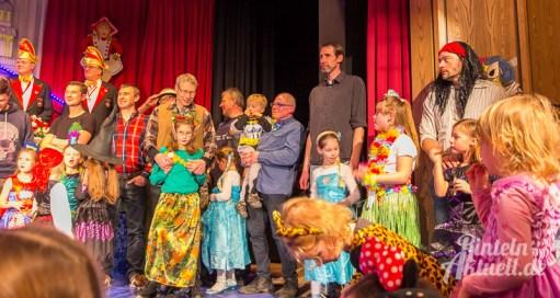 14 rintelnaktuell rcv carnevalsverein kinderkarneval 2017 konfetti schminken party