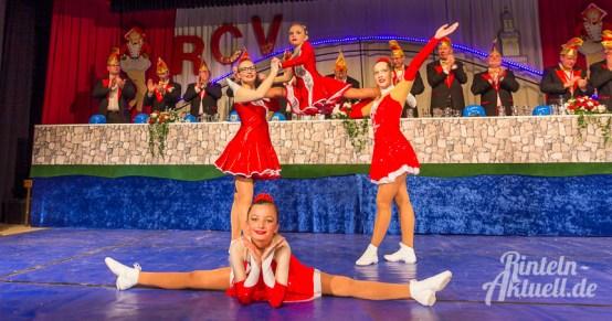 19 rintelnaktuell rcv carnevalsverein kinderkarneval 2017 konfetti schminken party