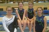 Vier VTR-Turnerinnen bei Wettkämpfen im Trampolinturnen
