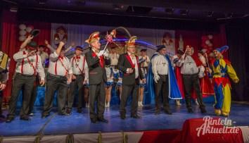 17 rintelnaktuell rcv prunksitzung 2018 rintelner carnevalsverein narren brueckentorsaal