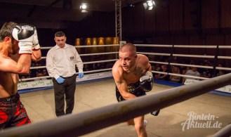 12 rintelnaktuell profiboxen piergiulio ruhe sport brueckentorsaal boxring event waru kampf gegner runden