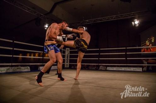 15 rintelnaktuell vorprogramm abend kickboxen frauenboxen profiboxen piergiulio ruhe sport brueckentorsaal boxring event waru kampf gegner runden
