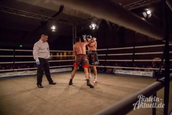16 rintelnaktuell profiboxen piergiulio ruhe sport brueckentorsaal boxring event waru kampf gegner runden