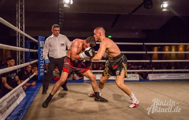 20 rintelnaktuell profiboxen piergiulio ruhe sport brueckentorsaal boxring event waru kampf gegner runden