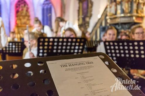 11 rintelnaktuell weihnachtskonzert gymnasium ernestinum nikolaikirche 2018 advent bigband abichor musici ernesti ensemble musik
