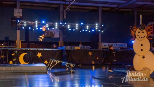 26 rintelnaktuell vtr vereinigte turnerschaft rinteln turnschau 2018 winterwunderland sport gruppen darbietung vorstellung kreissporthalle burgfeldsweide