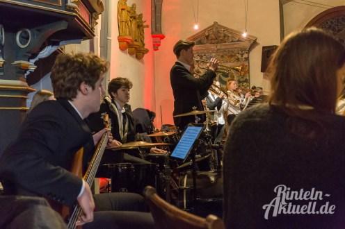 33 rintelnaktuell weihnachtskonzert gymnasium ernestinum nikolaikirche 2018 advent bigband abichor musici ernesti ensemble musik