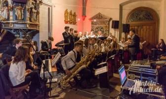 35 rintelnaktuell weihnachtskonzert gymnasium ernestinum nikolaikirche 2018 advent bigband abichor musici ernesti ensemble musik