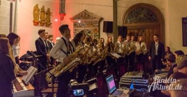 40 rintelnaktuell weihnachtskonzert gymnasium ernestinum nikolaikirche 2018 advent bigband abichor musici ernesti ensemble musik