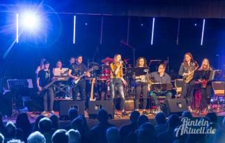 04 rintelnaktuell ernies hausband ernestinum bigband jahreskonzert jazz rock 2019 aula gymnasium musik