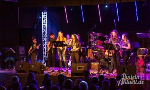 06 rintelnaktuell ernies hausband ernestinum bigband jahreskonzert jazz rock 2019 aula gymnasium musik