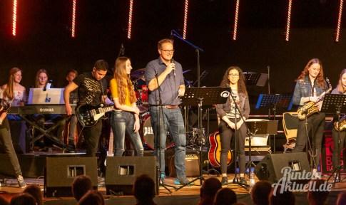 09 rintelnaktuell ernies hausband ernestinum bigband jahreskonzert jazz rock 2019 aula gymnasium musik
