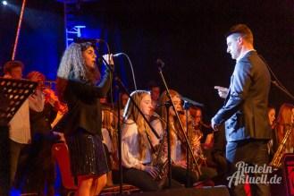 19 rintelnaktuell ernies hausband ernestinum bigband jahreskonzert jazz rock 2019 aula gymnasium musik