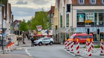 01 rintelnaktuell rintelner maimesse 2019 karussell fahrgeschaefte kirmes altstadt innenstadt jahrmarkt tradition