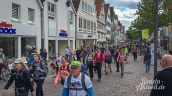 05 rintelnaktuell megamarsch weserbergland wandern 2019 marktplatz event veranstaltung