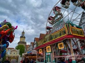19 rintelnaktuell rintelner maimesse 2019 karussell fahrgeschaefte kirmes altstadt innenstadt jahrmarkt tradition
