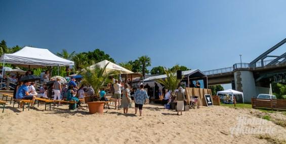 03 rintelnaktuell tauffest weser kirchengemeinden 2019 bodega beach club wasser fluss pastoren strand palmen sand taufe christlich