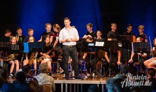 05 rintelnaktuell blaeserklasse swing kids orchester musik gymnasium ernestinum sommerbuehne 25-6-19