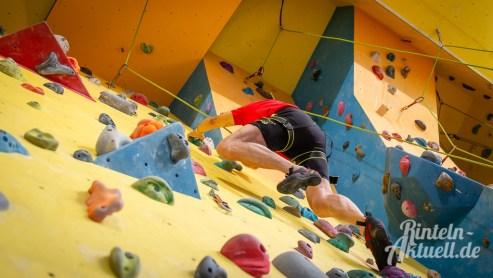 17 rintelnaktuell kerlgesund maennersporttag bkk24 kreissportbund ksb fitness modern arnis bootcamp kanu klettern bewegung aktion 22.6.19