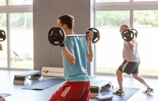 27 rintelnaktuell kerlgesund maennersporttag bkk24 kreissportbund ksb fitness modern arnis bootcamp kanu klettern bewegung aktion 22.6.19