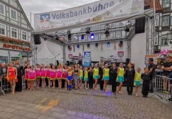 01 rintelnaktuell altstadtfest 2019 musik openair feier innenstadt city rinteln buehnen