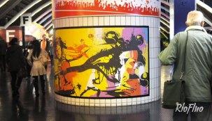 Pendant 4 ans, la Fédération Française de Tennis a fait appel à RioFluo pour conceptualiser et donner vie à la thématique « Indorground » sous laquelle était placé le tournoi des BNP Master de Tennis. street-art, live painting, face in hole, graffiti, light painting ont pris place durant le tournoi de tennis tennis, bercy, accord arena, graffiti, sport, shane, kashink, lek sowat, gilbert, sixo, activation,Action grand public. Sur Mesure. Paris.