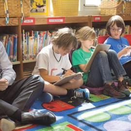 Global Warming Express kids meet the mayors