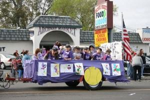 Rio Linda Little League parade