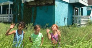 Sean Baker Stuns NYFF With His Grimy And Gorgeous Coming-Of-Age Drama, <i>The Florida Project</i>