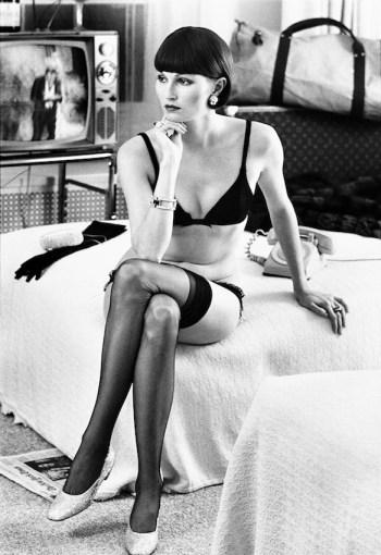 Helmut Newton, Viviane F., Hotel Volney, New York, 1972