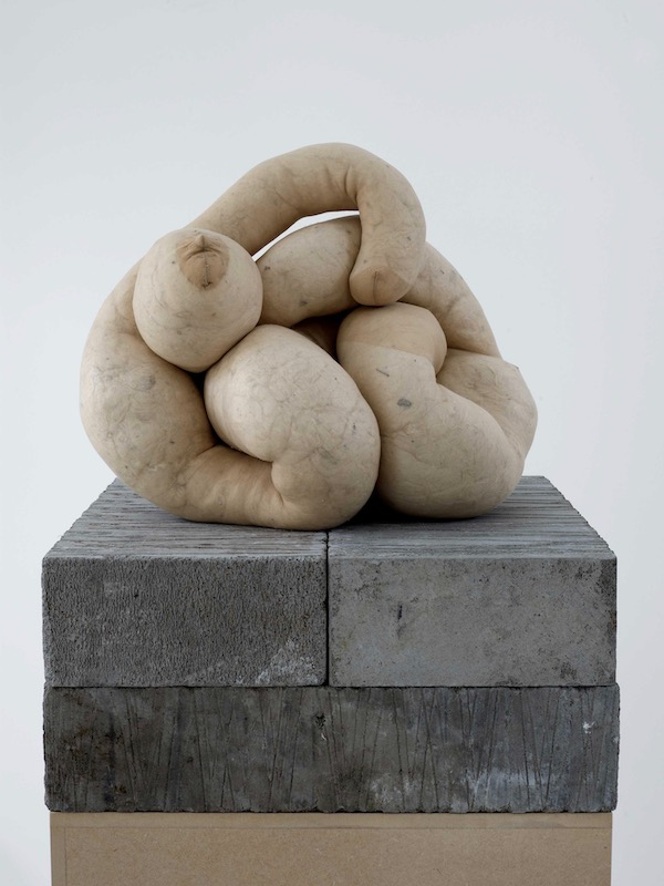 Sarah Lucas, NUD 18. Sarah Lucas's Au Naturel is reviewed at Riot Material magazine, LA's premier art magazine.