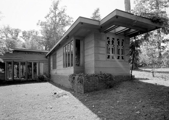 Frank Lloyd Wright's The Jacobs House in Madison, Wisconsin (1936), considered the first Usonian home